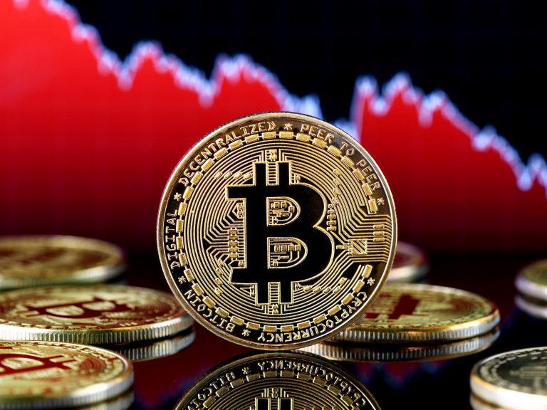 เพราะเหตุใด Bitcoin จึงร่วงลงทันทีหลังแตะระดับ $ 12,000